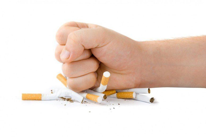 Dia do combate ao fumo. Nutricionista alphaville. Aline Lamarco